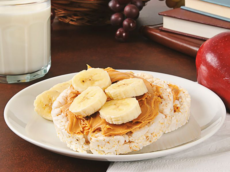 rice-cakes-with-pb-and-banana